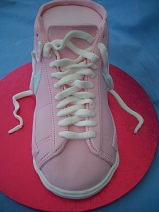 Trainer cake front view